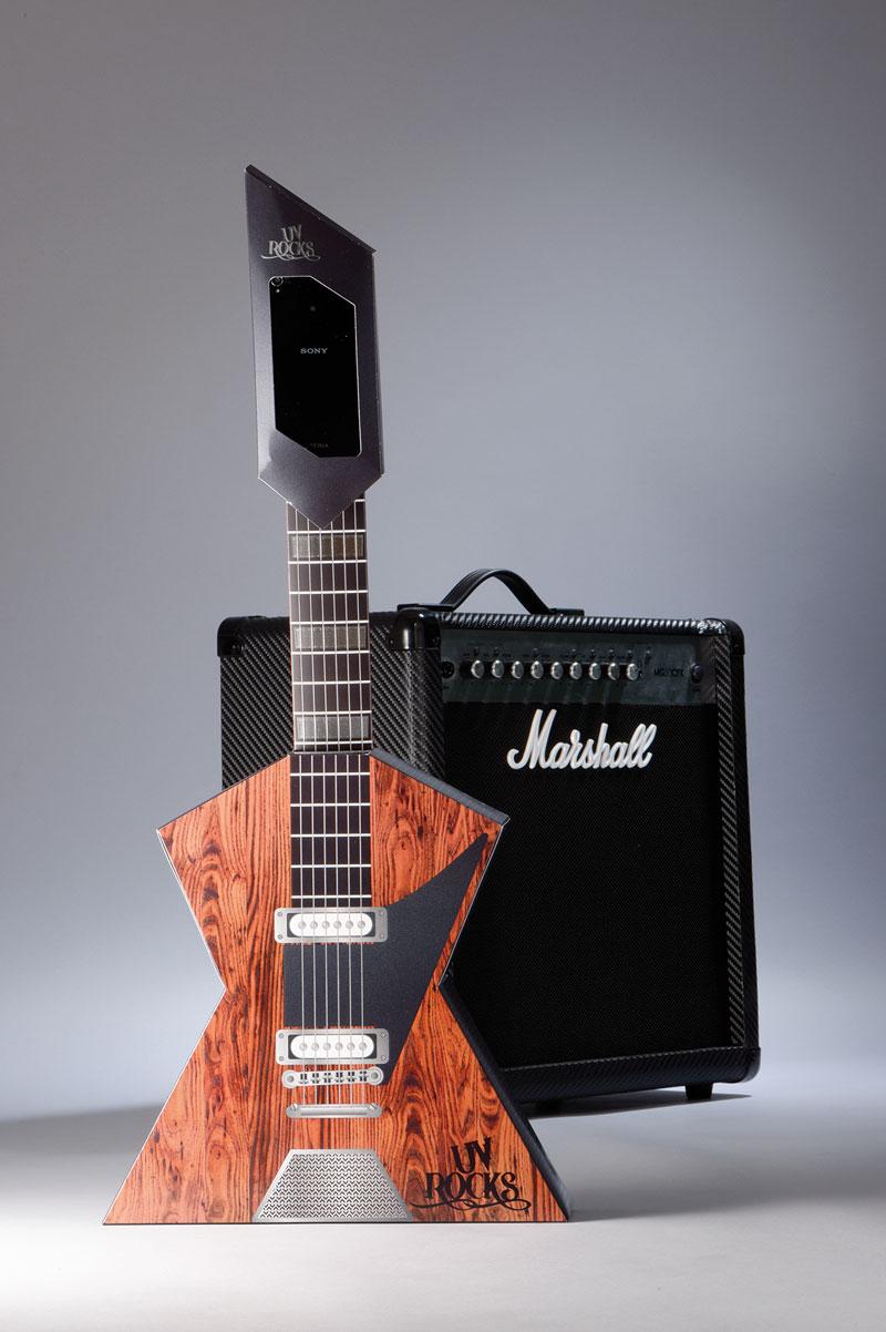 IST METZ Paper Guitar